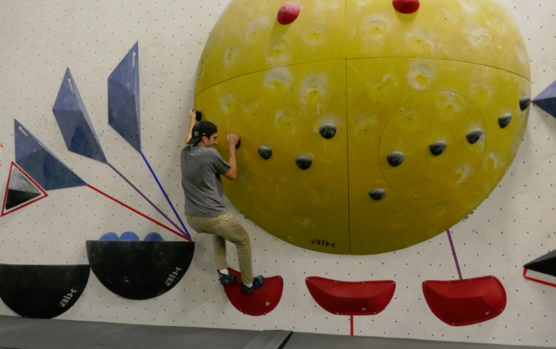 Joel Levy from Toronto Guardian goes bouldering at Hub Climbing gym in Markham