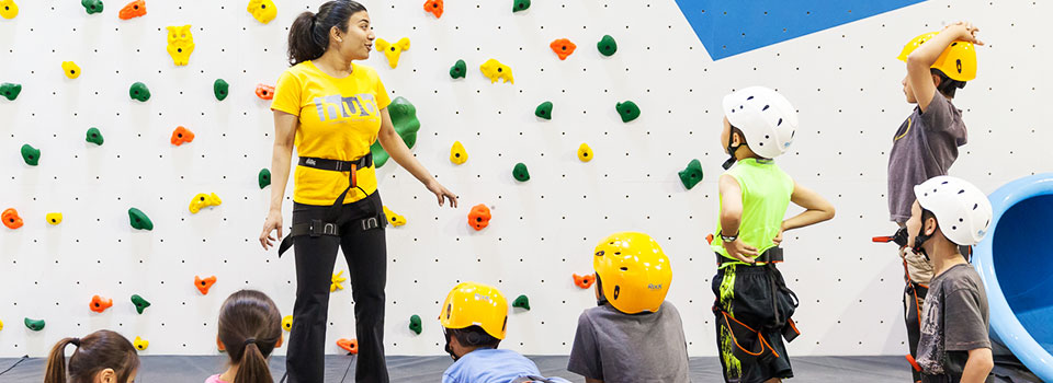 Learning to climb at Hub Climbing
